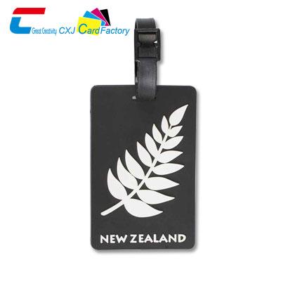 black-plastic-luggage-tag